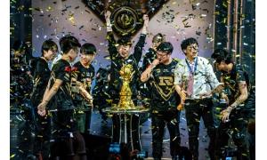 RNG夺冠,实力蹭热度名单出炉:卢