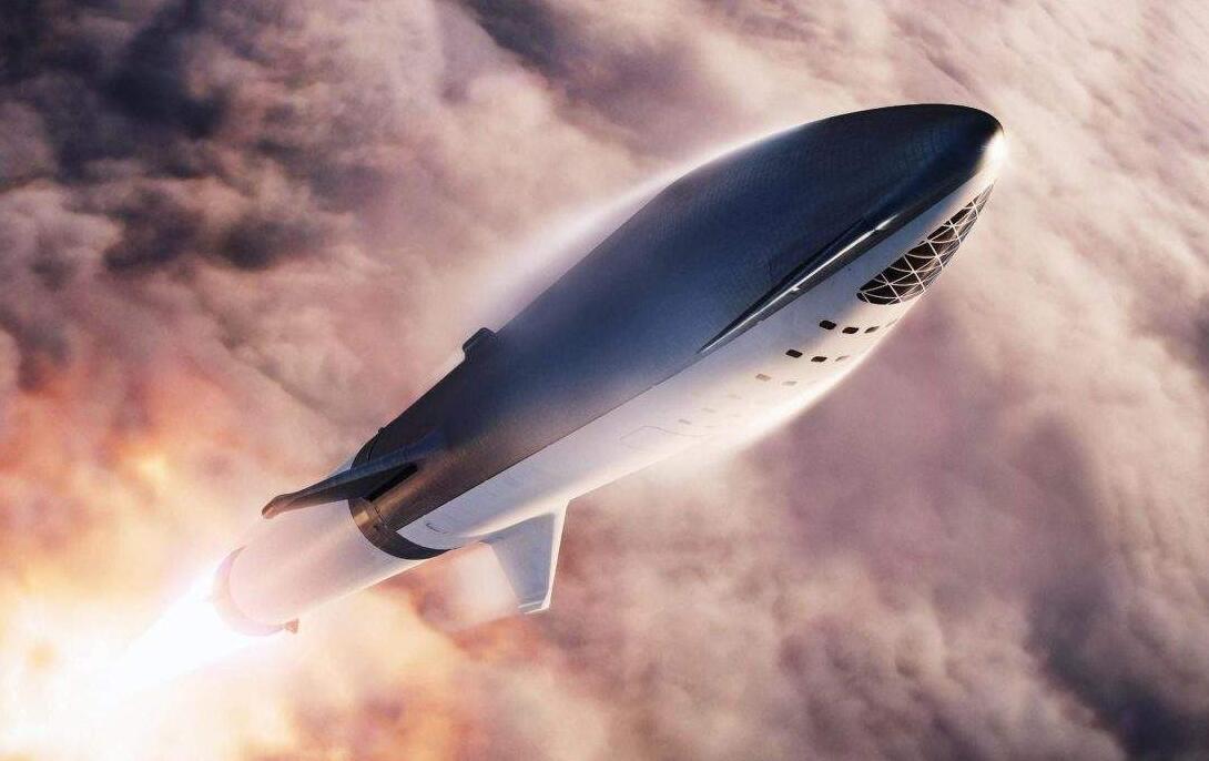 SpaceX星舰着陆时发生爆炸 此前曾预测只有三分之